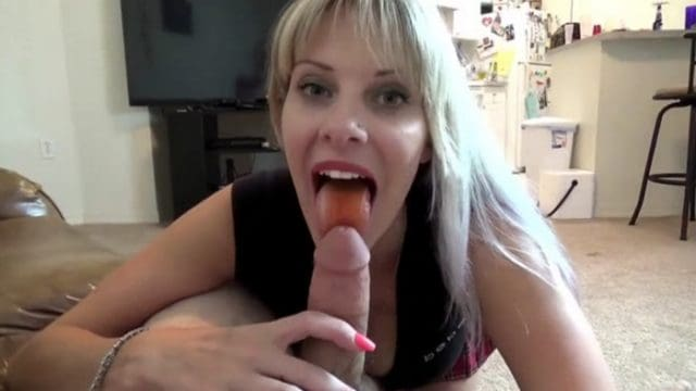 Naughty Vicky Vixxx – Sissy Wants TV Time