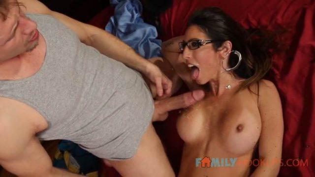 Dava Foxx – Dirty Milf Stepmom Fucks her new Stepson