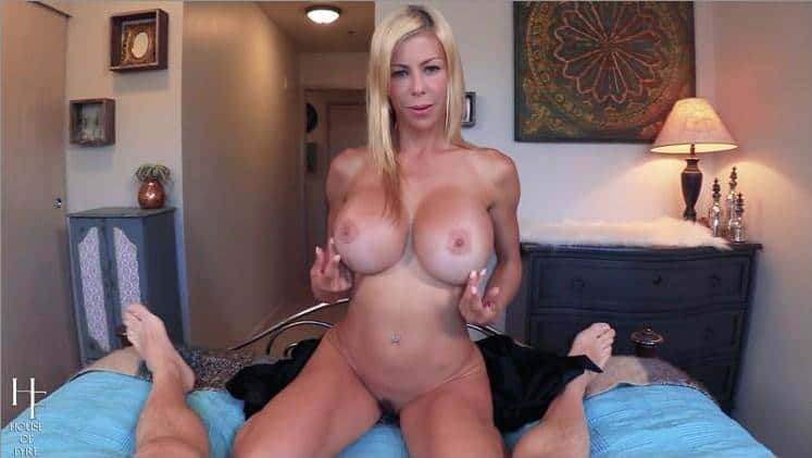 Alexis Fawx Hot Stepmom