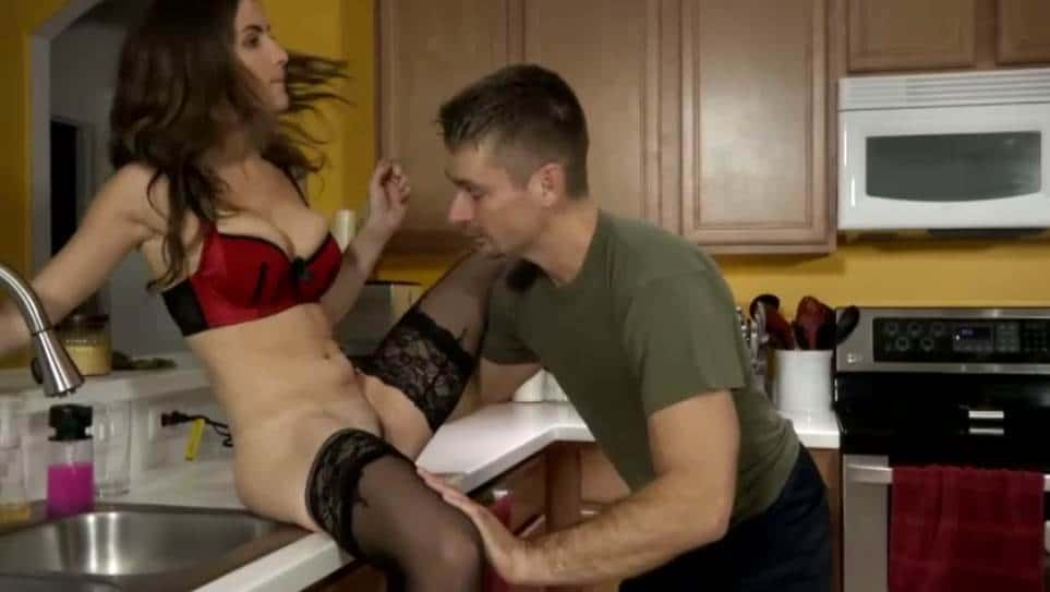 Molly Jane – Daughters Have To Get Paid